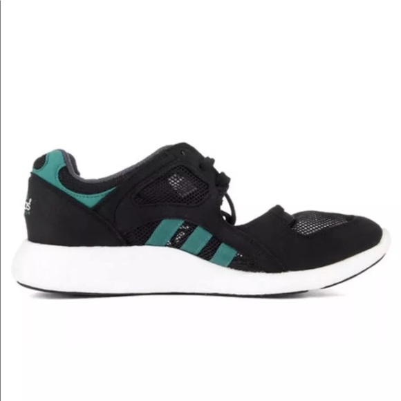 san francisco bd8d2 1dbce ADIDAS Womens Equipment Racing 9116 Sneaker